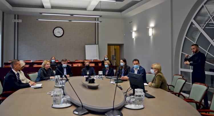 Susitikime su Švietimo, mokslo ir sporto ministre – dėmesys kurčiųjų ugdymui
